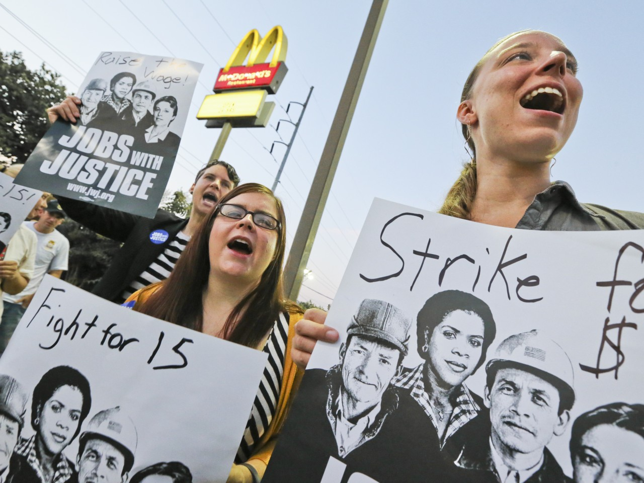 fast-food-workers-pay.jpeg1-1280x960